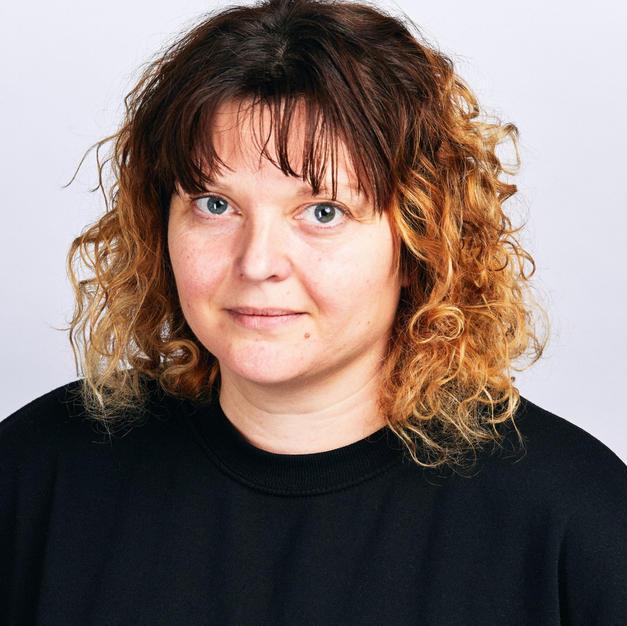 Dr Zara Layne