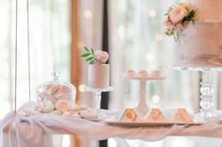 Luxury wedding cakes Nottingham