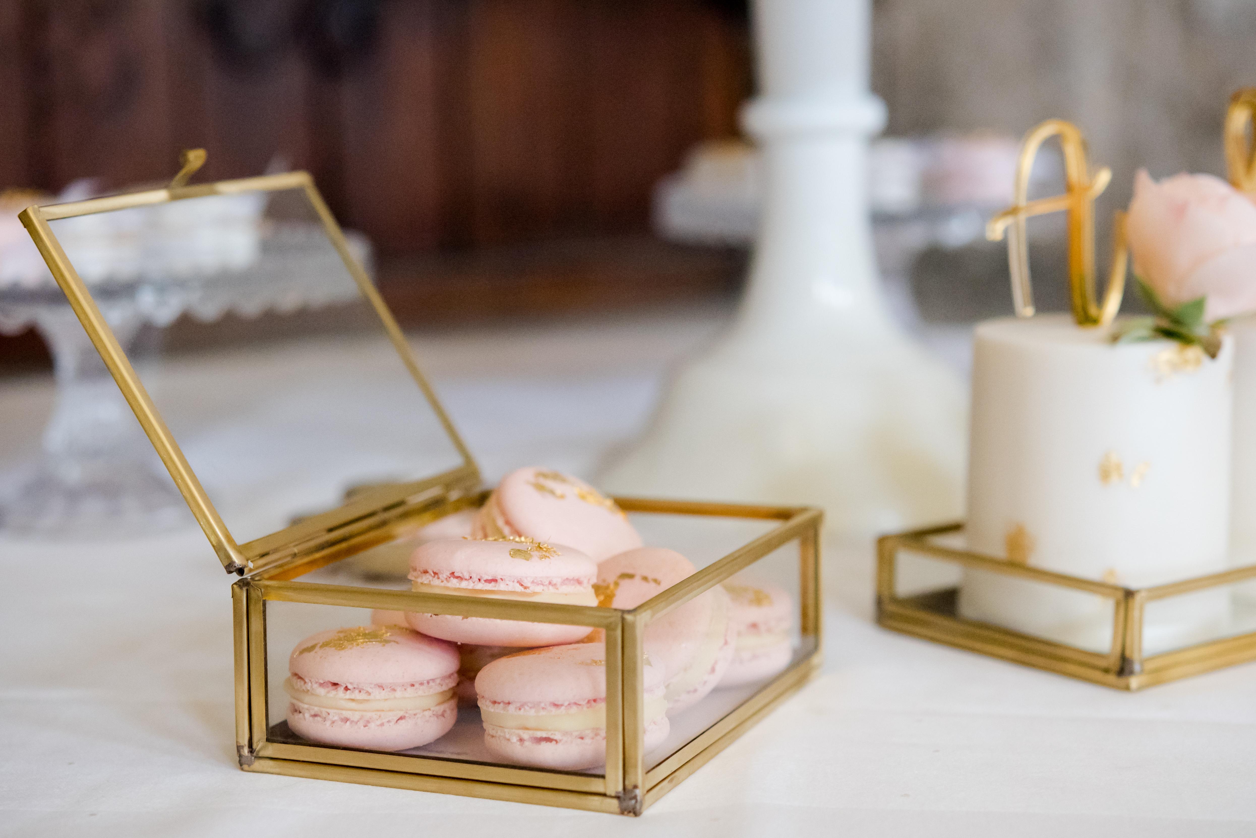 Wedding Cake Maker Nottinghamshire