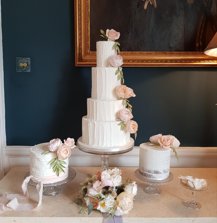 Luxury Bespoke Wedding Cakes Sheffield Nottingham Worksop
