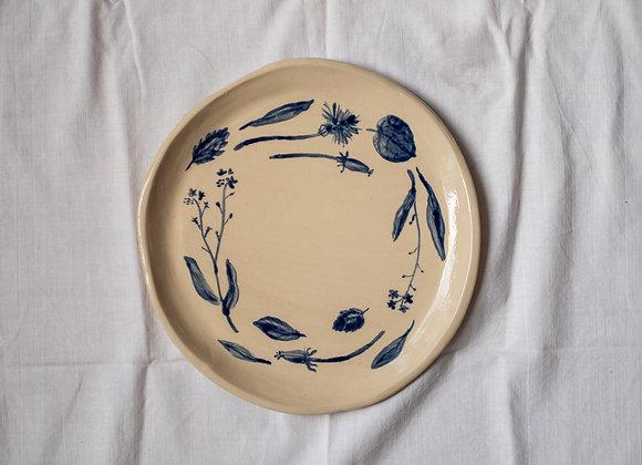 Handpainted blue flower plate I