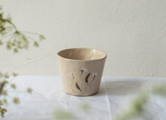 Small daisy cup