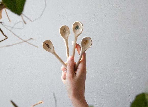 Leaf spoon