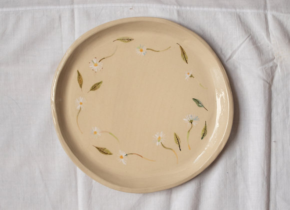 Handpainted daisy brunch plate