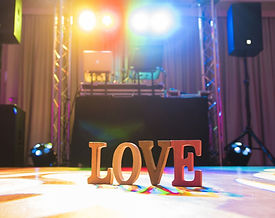 fash-love-letters-sign-on-the-dance-floo