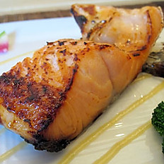 Salmon Collar