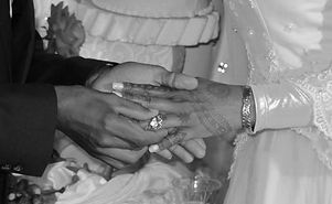 Henna 8 b+w.jpg