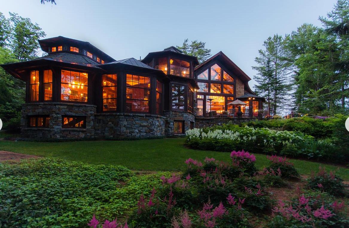 Mirror Lake Residence