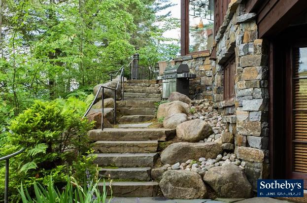 MIrror lake exterior stairwell