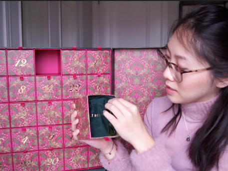 The Biggest, Baddest Beauty Calendar of All Time | Holt Renfrew 2020 Review/Unboxing/Price Breakdown