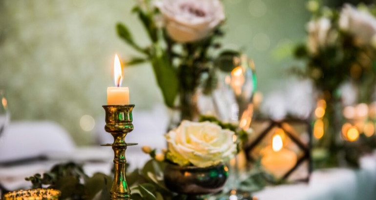 FIFTEEN IN THE FOREST A SMALL INTIMATE WEDDING WITH A FOCUS ON GUEST EXPERIENCE…