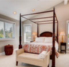 641 10th Ave Kirkland master bedroom.jpg