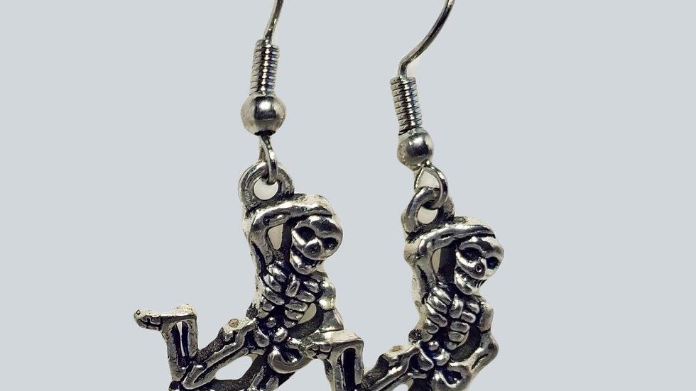 Silver Skeletons - Hanged