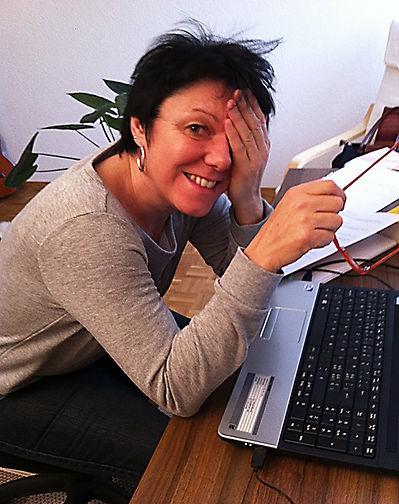 Susanne_beim_Texten.jpg