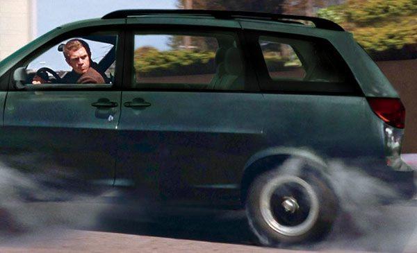 man-in-car-bullit-look-600