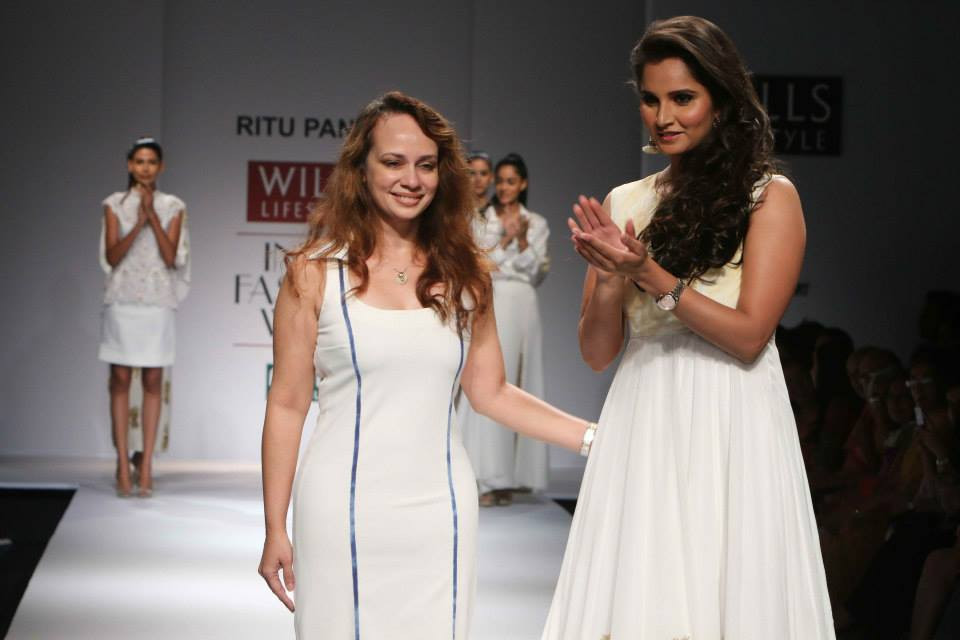 Images Day 3 – Wills Lifestyle India Fashion Week Spring-Summer 2015 Pics (October 11, 2014)-img-4