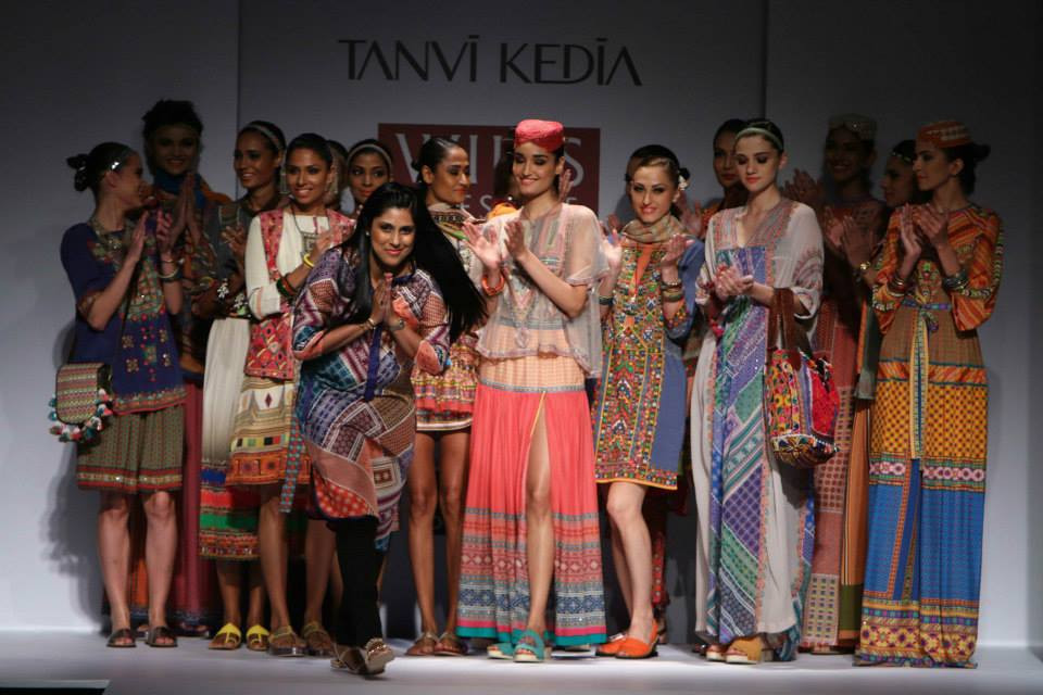 Images Day 3 – Wills Lifestyle India Fashion Week Spring-Summer 2015 Pics (October 11, 2014)-img-8