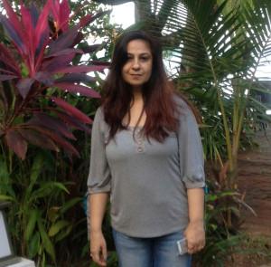 Meenakkshi Jaiin, mother of two teenage daughters