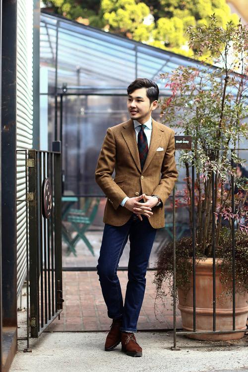 http://tailorablenco.tumblr.com/post/107202790646/todays-look-tweed-jacket-porter-harding
