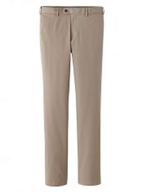 Uniqlo Men Slim Fit Chino Flat Front Trousers
