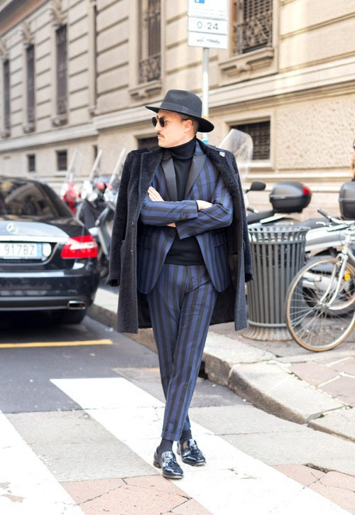 http://www.gq.com.mx/moda/galerias/street-style-milan-fashion-week-otono-invierno-2015/1828/image/55871