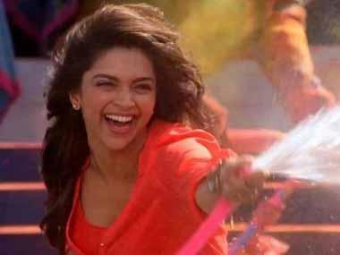From lehenga to shorts: How Bollywood heroines changed their Holi style