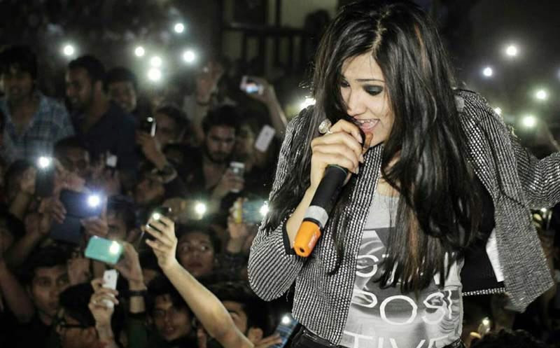 Hottest Female Voices In Bollywood That Are Unconventional Yet Stunning