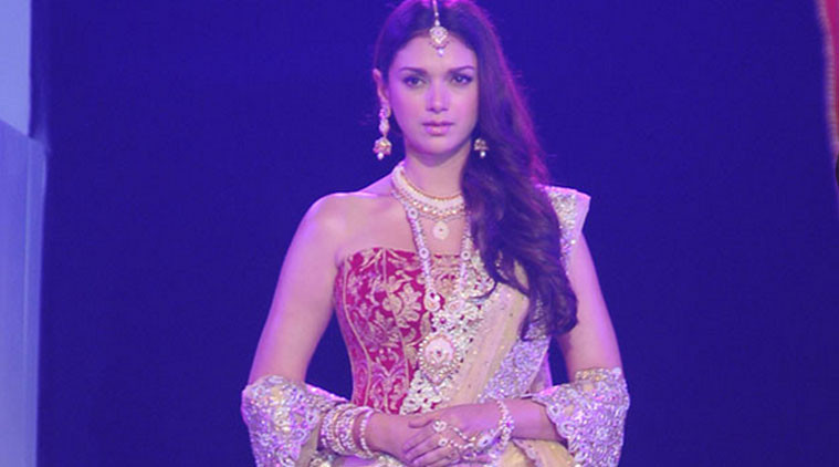 Designer Payal Singhal, who is making her debut at the spring summer 2015 edition of Wills Lifestyle India Fashion Week (WIFW), has roped in actress Aditi Rao Hydari to walk as a show-stopper at her show.
