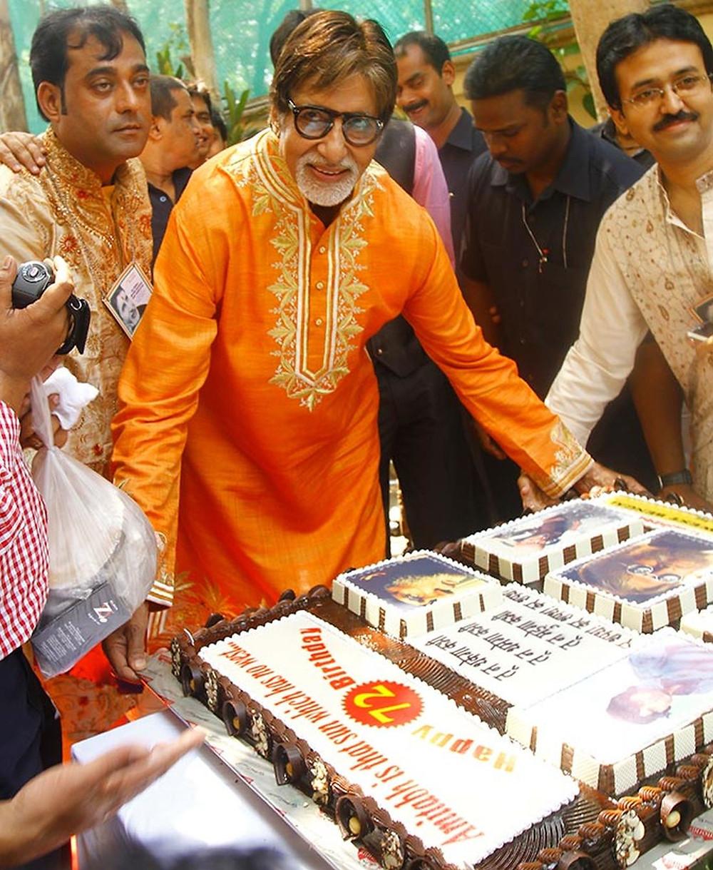 Amitabh Bachchan celebrates his 72nd birthday