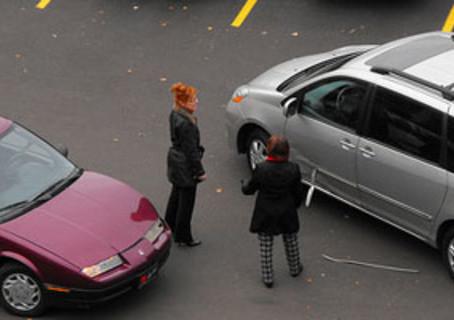 Risarcimento danni da incidente stradale: posso richiedere danni oltre il valore dell'auto?