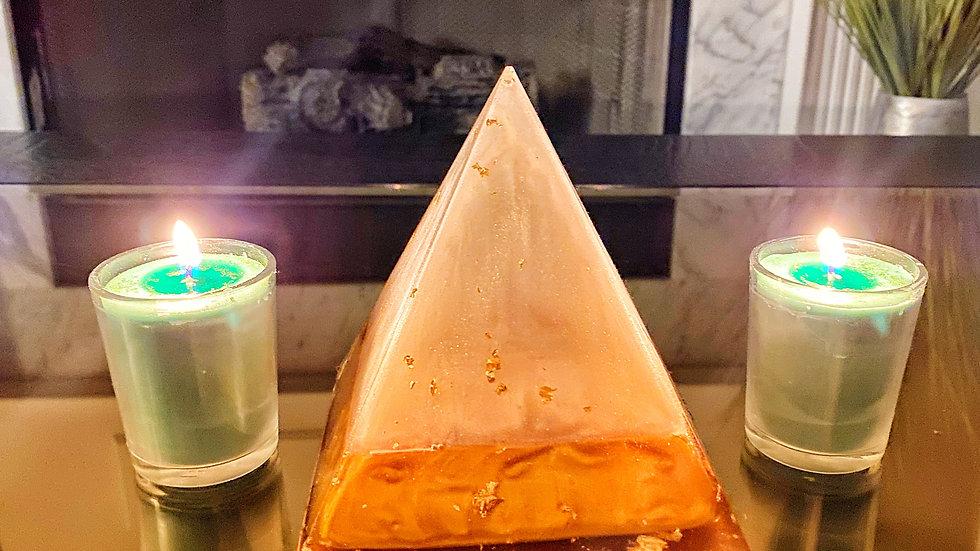 """420"" Inspired Heart Chakra Cbd Candle"