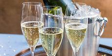 champagneglasses-2x1-8439.jpg
