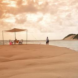 romantic_setting_at_machangulo_beach_lod