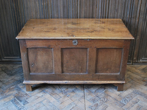 Antique Oak coffer/ chest