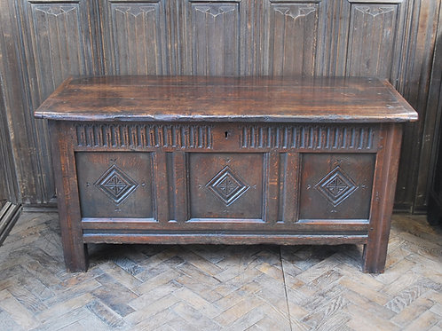 Decorative oak coffer/chest