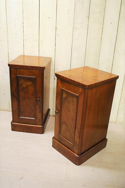 Pair of Burr Walnut Bedside Cabinets/nightstands