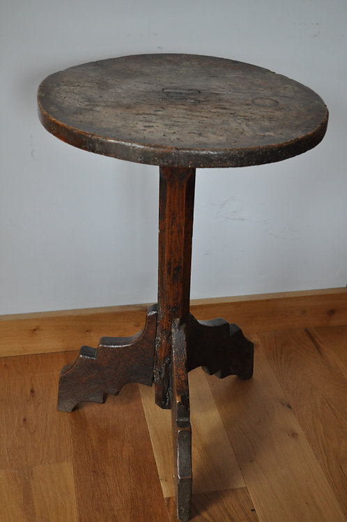 Rare Haute Epoque Tripod Table