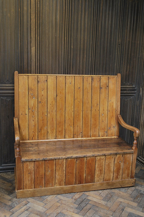 Antique English Pine Settle/bench