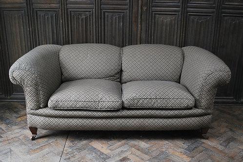 Comfortable Victorian sofa /settee