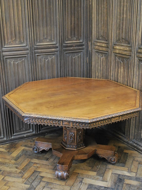 Large Oak Centre Table/Hall Table