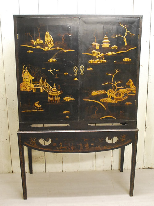 Chinoiserie Lacquered Cabinet On Stand