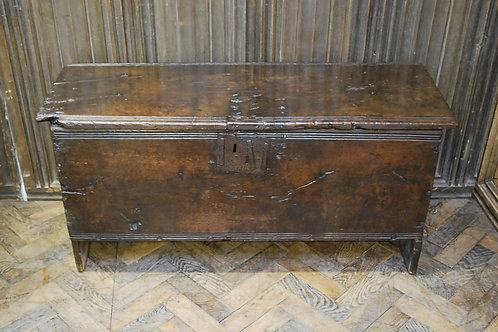 Oak six plank coffer/chest