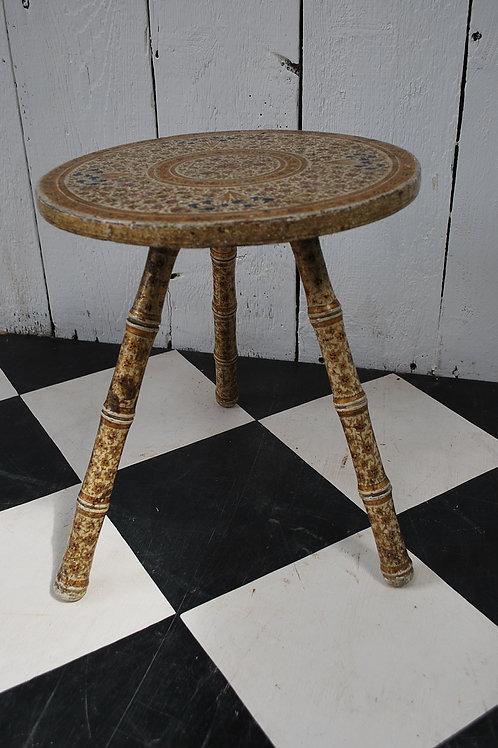 Kashmiri table