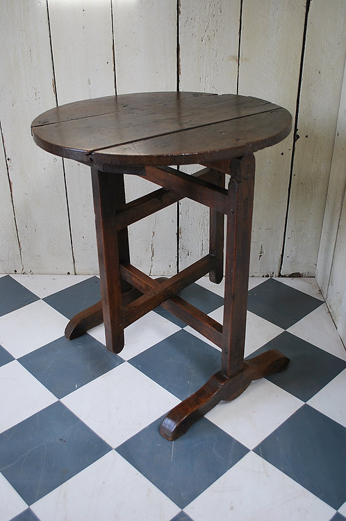 Small French Vendage Table / Tilting Table C.1840
