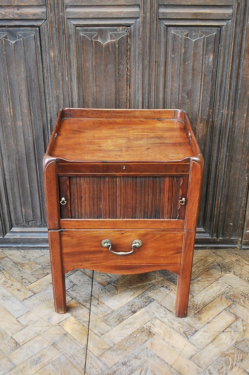 Georgian traytop commode/bedside cabinet