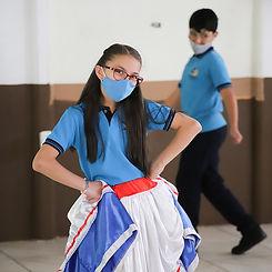Bailes típicos.jpg