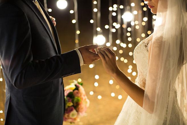 evening-wedding-ceremony-the-bride-and-g
