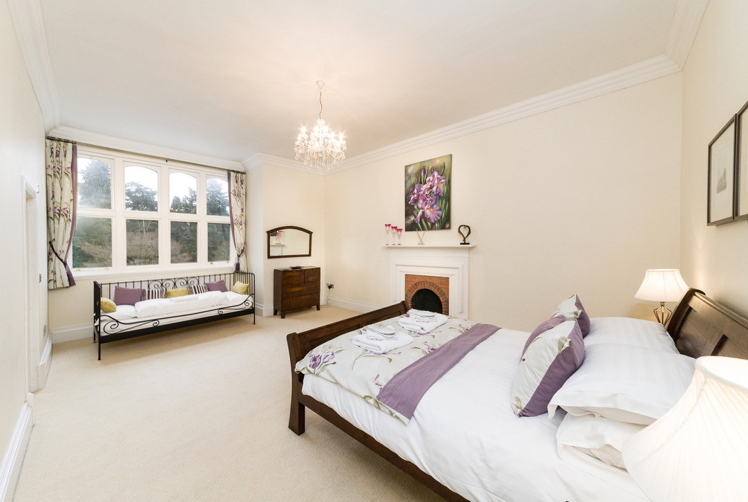 Bedroom No.10 with kingsize bed and permanent day bed. Private ensuite shower room