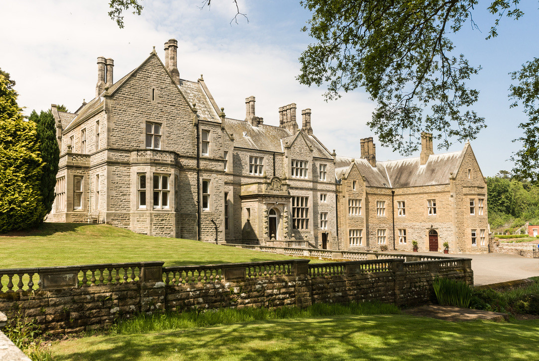 Middleton Hall Northumberland luxury holiday accommodation large family