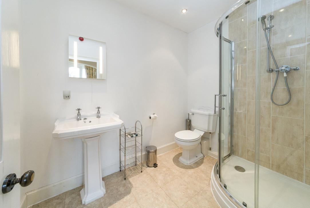 Ensuite shower room for bedroom No.3